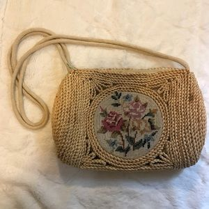 Vtg Straw Woven Wicker Embroidered Floral Purse